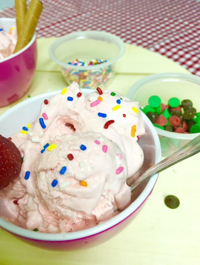 No Churn Ice-cream series: Strawberry Ice cream
