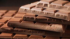Γιατί η σοκολάτα αν και έχει κορεσμένα δεν ανεβάζει τη χοληστερόλη?