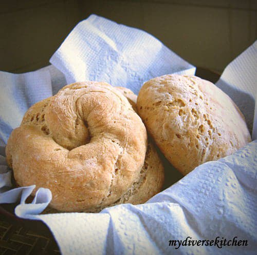 Cumin Flavoured Whole Wheat And Barley Flour Rolls