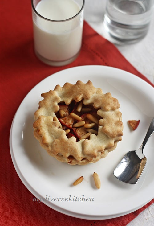 Mini Apple Pies With Pine Nuts For A Pie Party!
