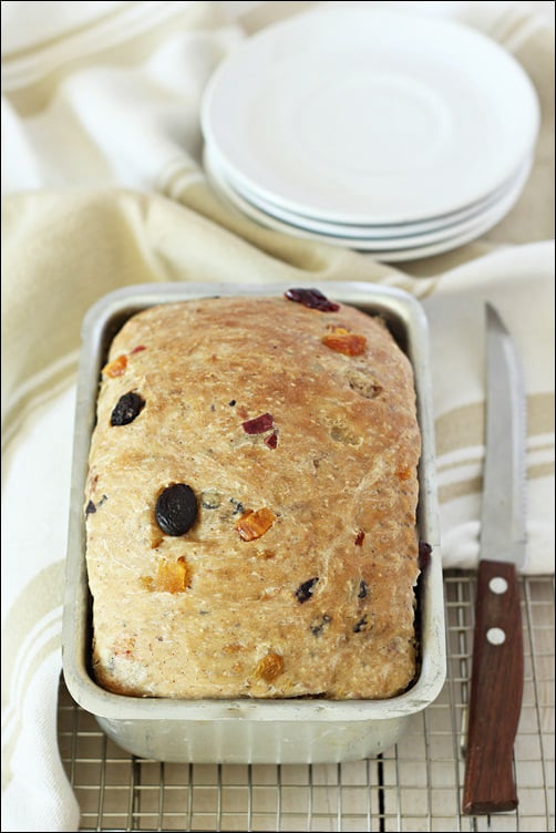 We Knead To Bake #32 :Barmbrack or Speckled Bread (Báirín Breac) – Irish Halloween Fruit Bread/ Cake