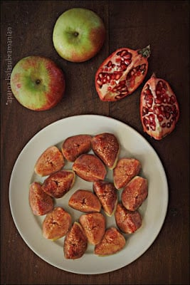 Fresh Fig & Apple Salad with Pomegranate & Toasted Almonds ...