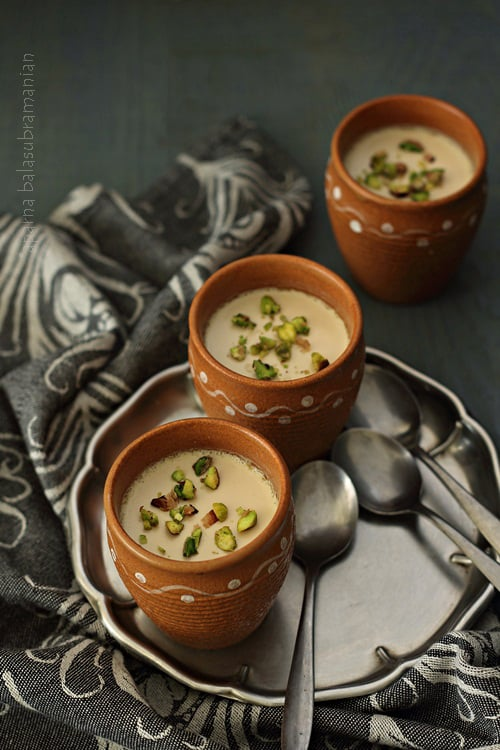 Laal Mishti Doi – Bengali Jaggery Sweetened Yogurt