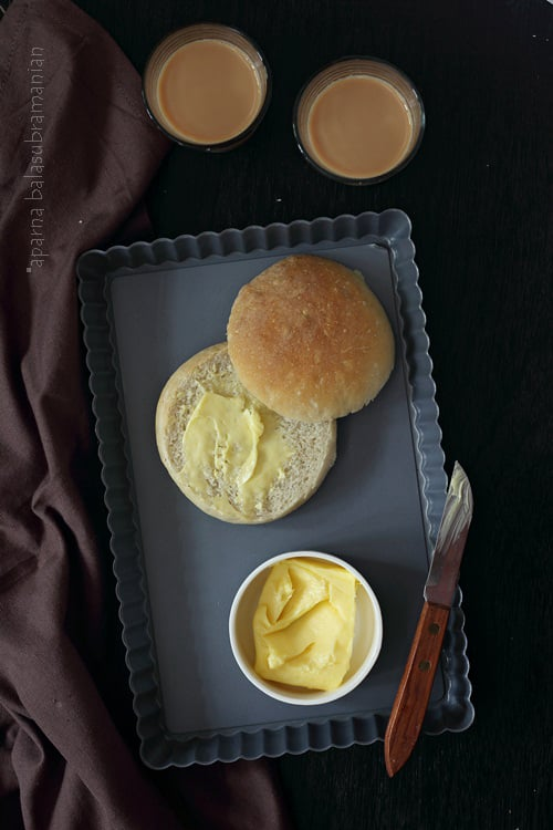 Crumbs! Bread Stories And Recipes For The Indian Kitchen : Review and Brun Pav/ Pao