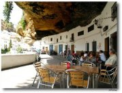 cave_houses_10