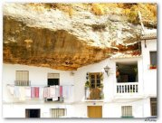 cave_houses_11