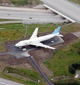 airplane-hotel-1