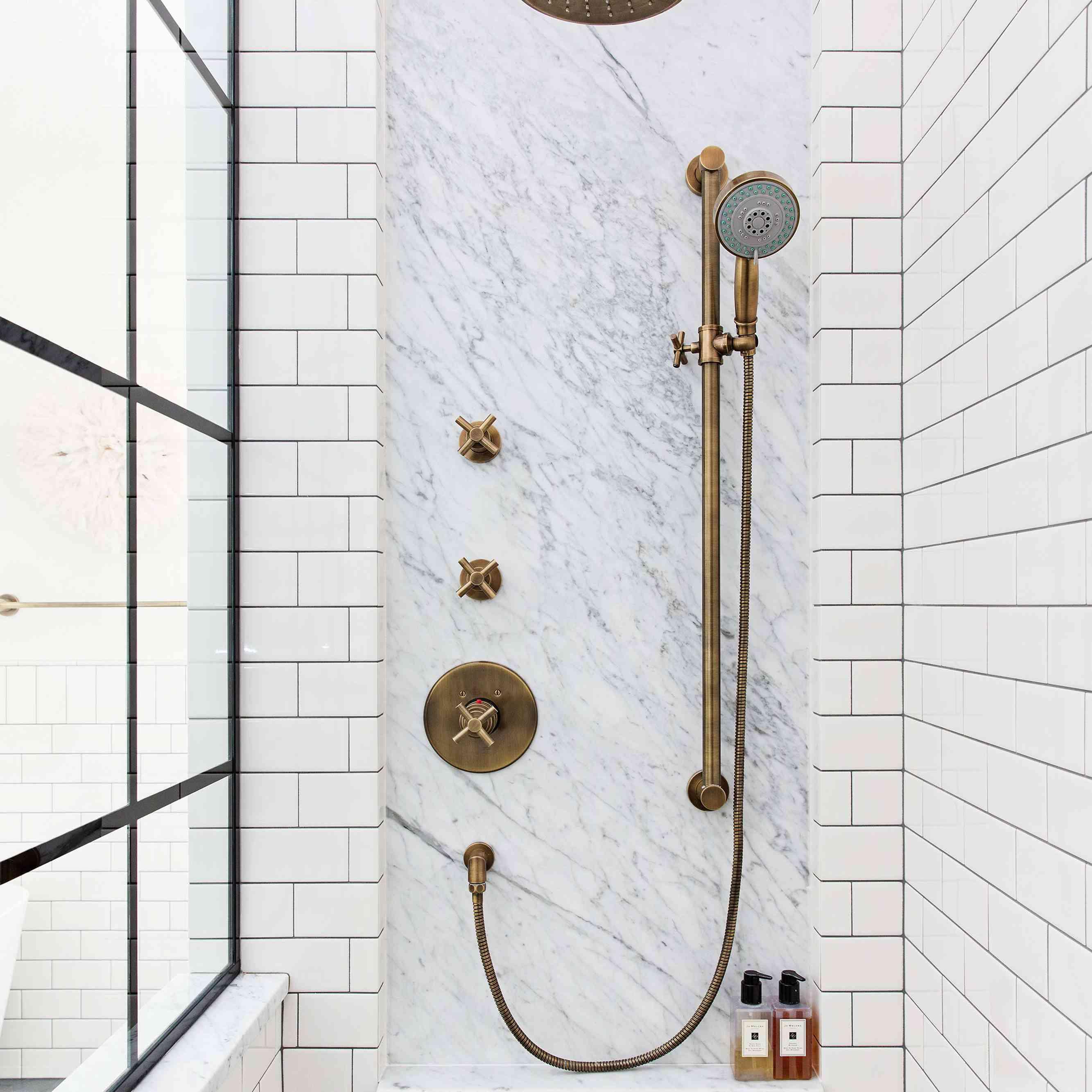 16 subway tile bathroom ideas to