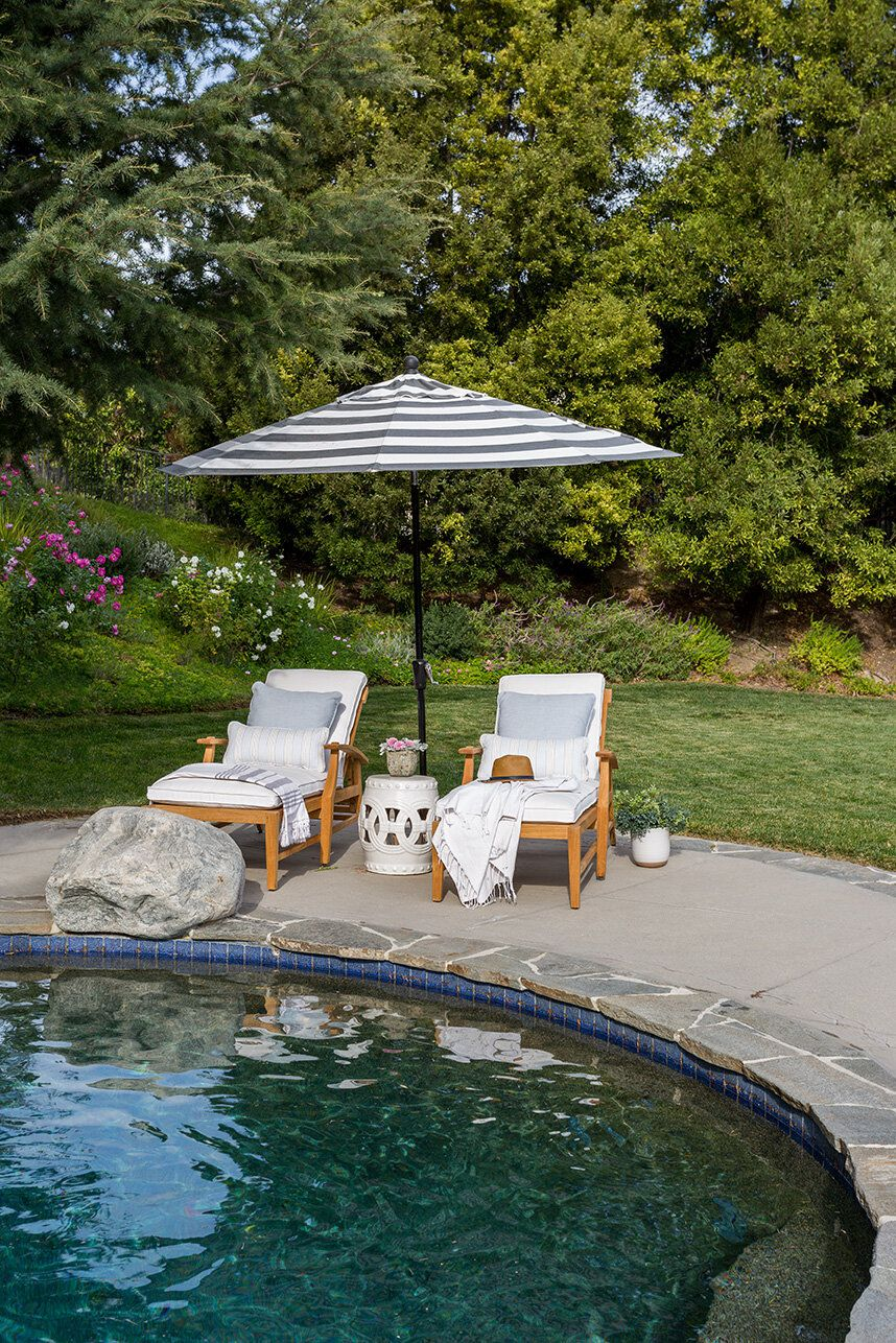 17 poolside decorating ideas