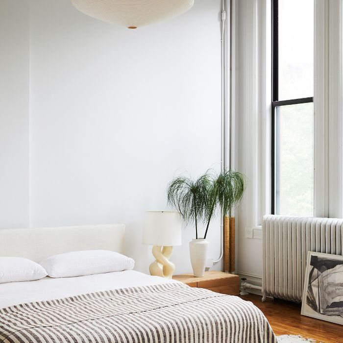 27 Minimalist Bedroom Ideas to Inspire You to Declutter on Bedroom Minimalist Ideas  id=81943