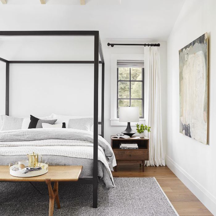11 Small Bedroom Tips to Make Your Boudoir Feel Spacious on Best Master Bedroom Ideas  id=73830