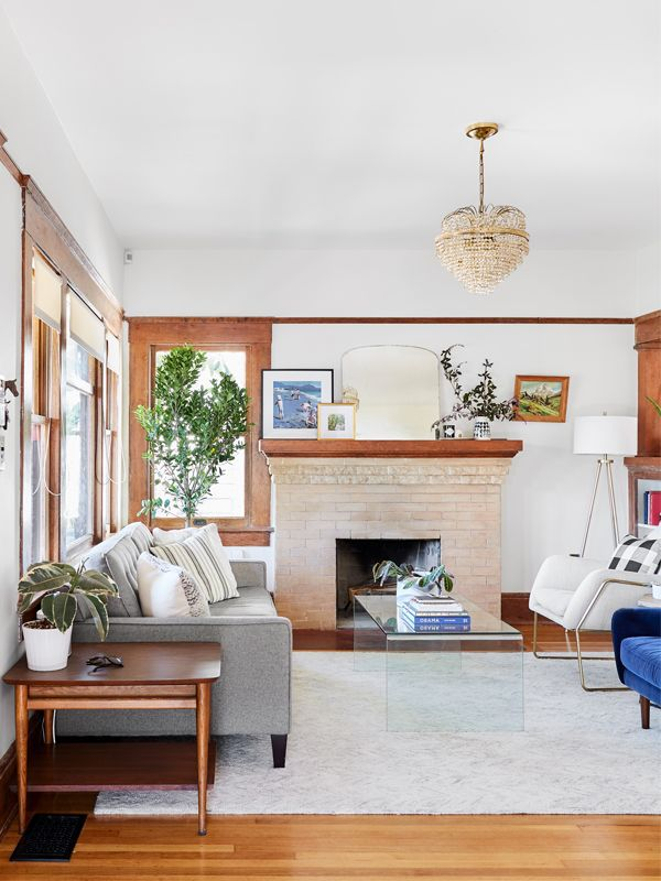 How to Decorate a Small Living Room in Six Easy Steps on Decorating Small Living Room  id=92286