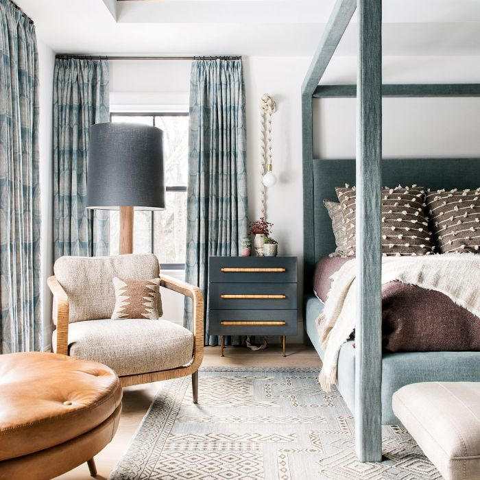 16 Simple Bedroom Ideas to Make Your Space Look Expensive on Room Ideas Simple  id=15445