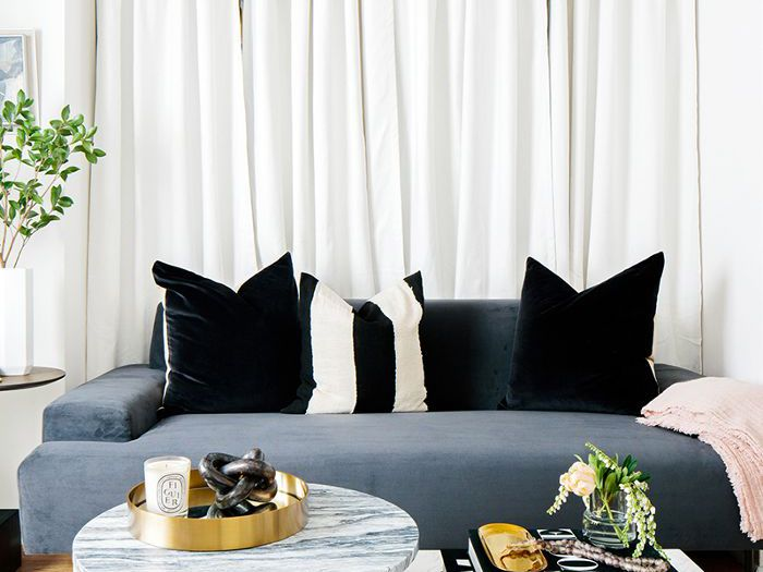 are curtain walls the new gallery walls