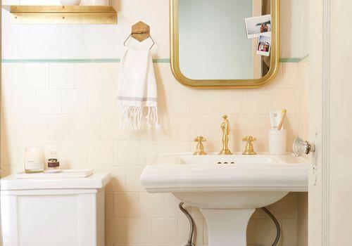15 retro bathrooms that prove modern