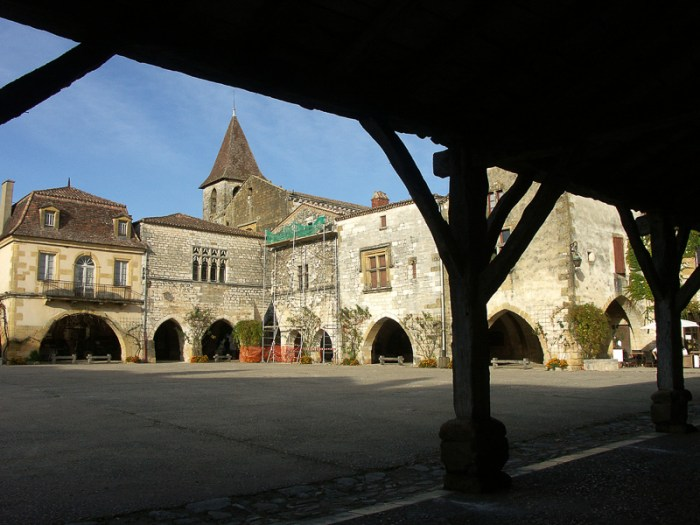 Monpazier - the perfect Bastide Town just 21 miles away from our gite