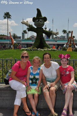 My Dreams of Disney, Disney In Pictures, Disney's Hollywood Studios, Sorcerer Mickey Topiary