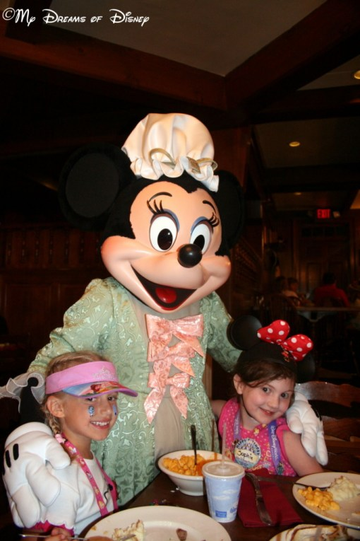 Sophie and Riley with Minnie Mouse!