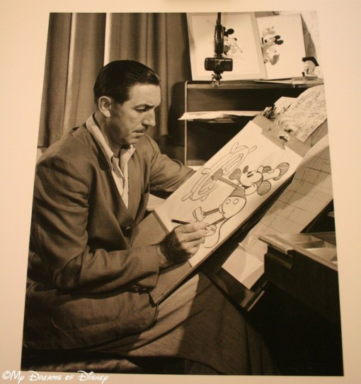 Walt Disney drawing Steamboat Willie