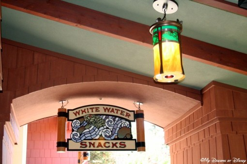 White Water Snacks was a counter service restaurant that offers good food!