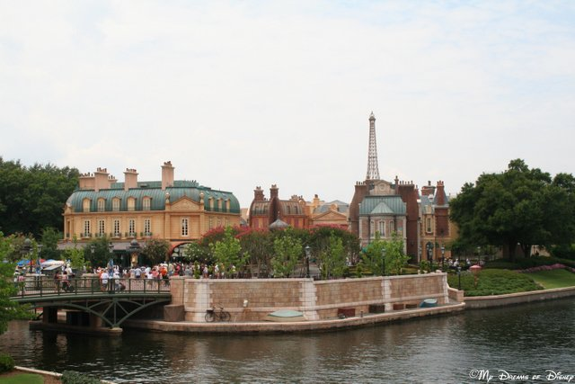 I love this shot of the France Pavilion taken from across the water!