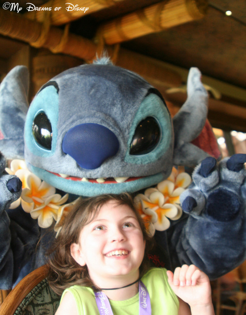 Sophie is pleasantly surprised by Stitch at 'Ohana Best Friends Breakfast!