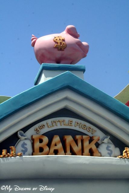 Check out the 3rd Little Piggy Bank!