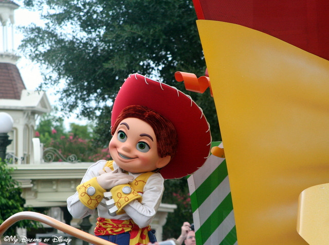 Jessie from Toy Story fame is enjoying her part in the parade!