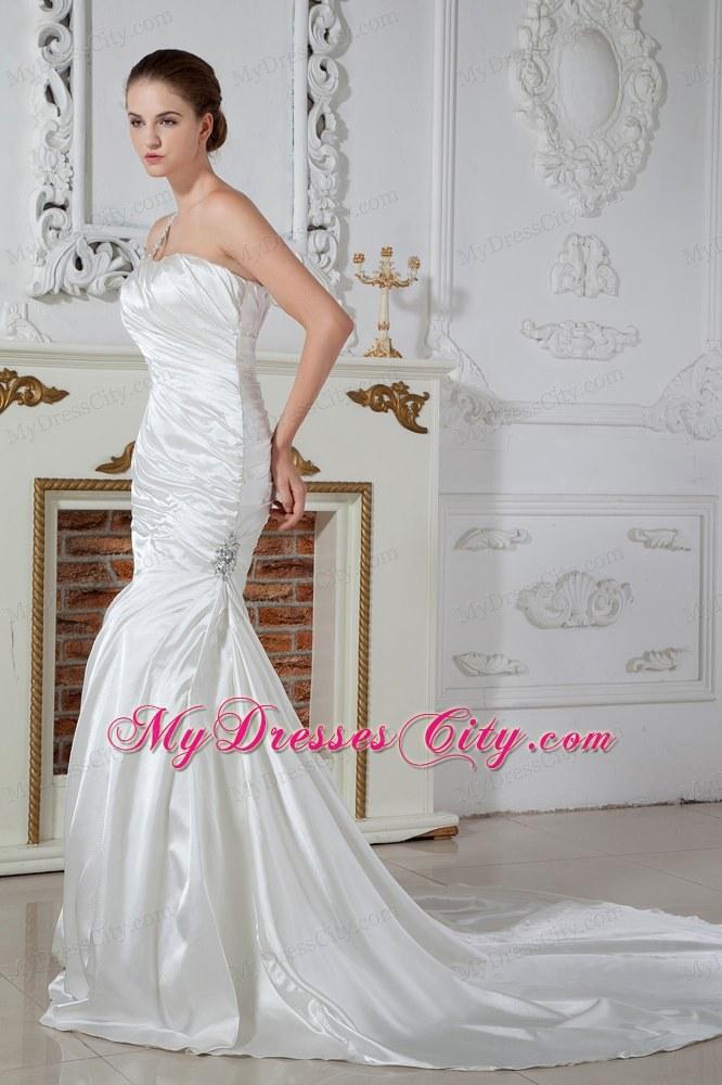 Applique Embellished One Shoulder Ruched Mermaid Wedding