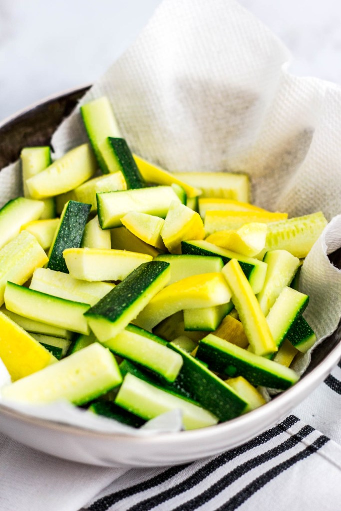 how to prepare zucchini and yellow squash for stir frying