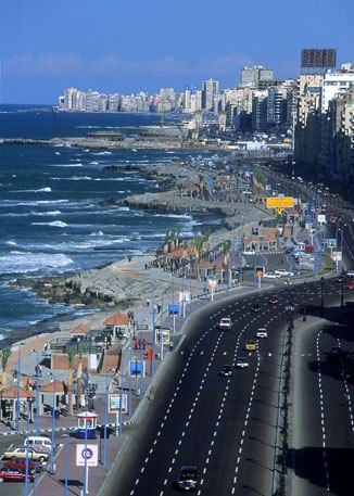 Private excursion: day trip to Alexandria sightseeing from Cairo by bus
