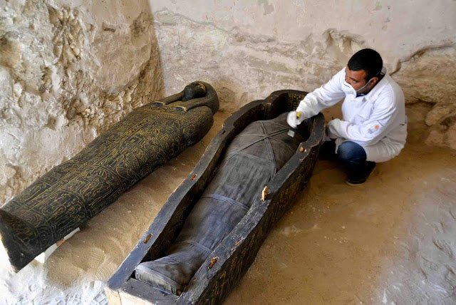 Breaking News: 3000-year Tomb Contains Intact Coffins discovered in Luxor 1
