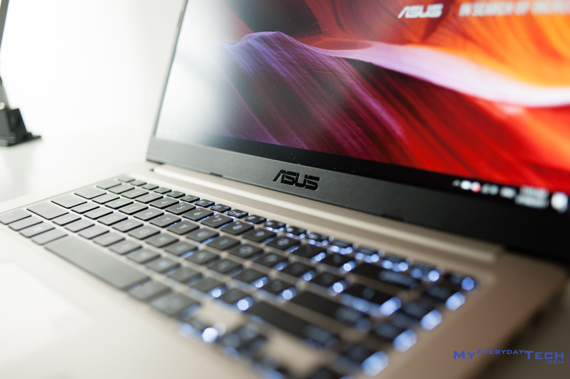 ASUS VivoBook S15 (S510U) Review: Portable 15-incher on Budget