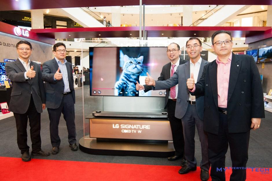 LG SIGNATURE OLED W7 TV