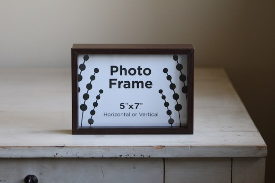 DIY Painted Frame | 31 Days of DIY | #myfairolinda
