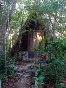 macario gomez jungle hut