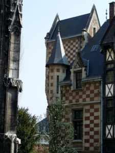 Rouen - Proche Eglise St Maclou