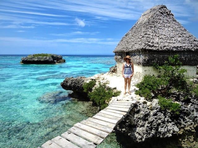 New Caledonia Accommodation Over Water - Mare Gite Seday Loyalty Island