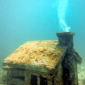 The MUSA Diving Cancun Underwater Museum - Manchones Reef - House