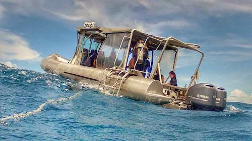 SS Yongala Dive Boat