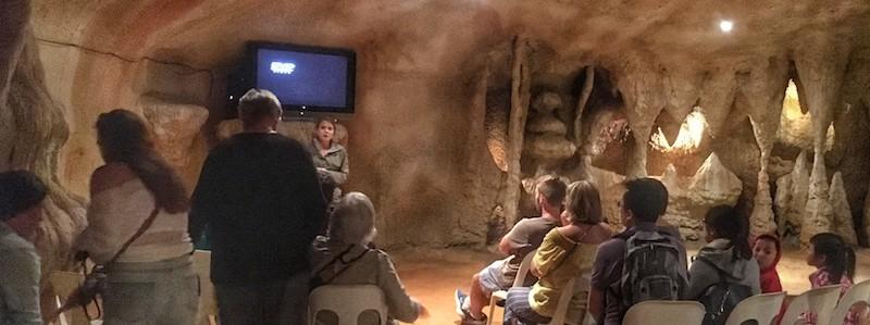 Mt Tamborine Glow Worm Cave Video