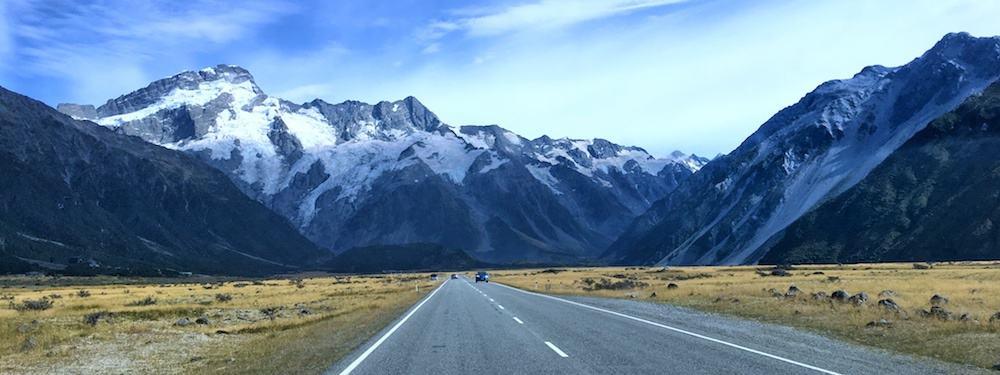 https://i1.wp.com/www.myfavouriteescapes.com/wp-content/uploads/2019/04/Road-to-Mt-Cook-New-Zealand.jpg?resize=1000%2C375&ssl=1
