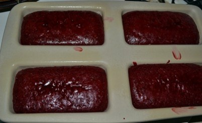 red velvet cake not done