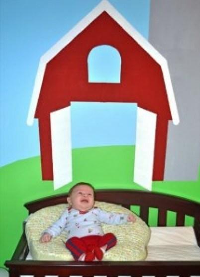 Baby Doc 2 months barn