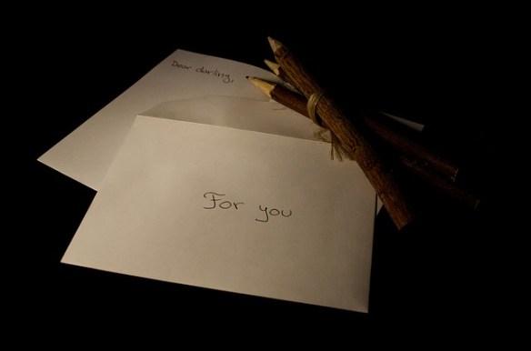 letter-216722_640 public domain