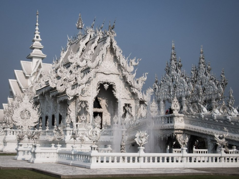 White Temple postcard view.