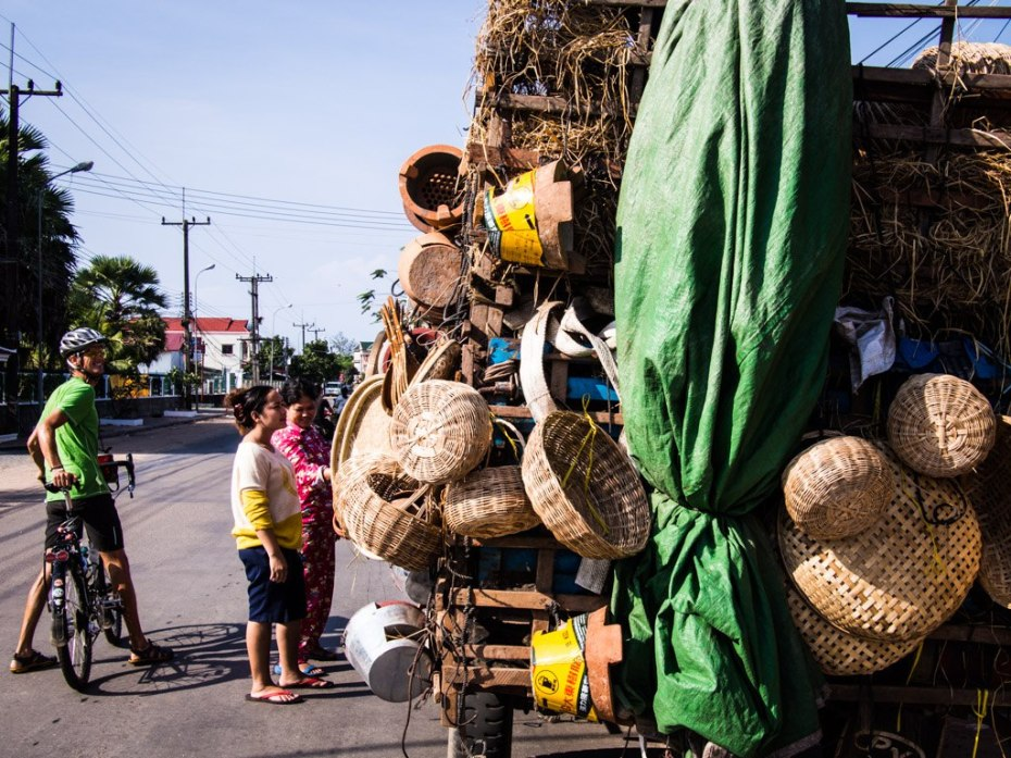 The basket truck, Koh Kong.