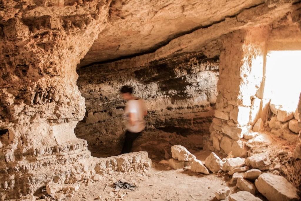 Mukawir caves - Jordan itinerary