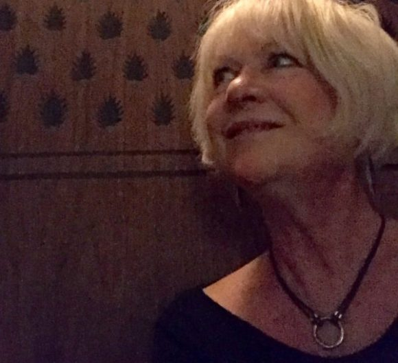 http://www.MyFrenchLife.org - le Bulletin - Judy MacMahon - The real me