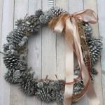 looking glass pinecone wreath - myfrenchtwist.com